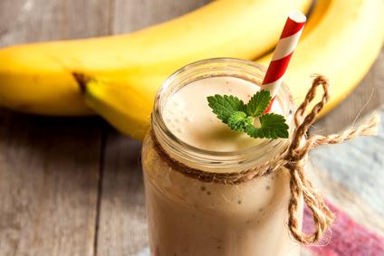 lactation smoothie; banana lactation smoothie